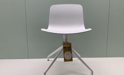 """hay """"aac 10"""" stoel"""
