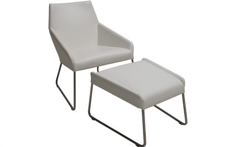 "Design on Stock ""vice"" fauteuil en poef wit leder"