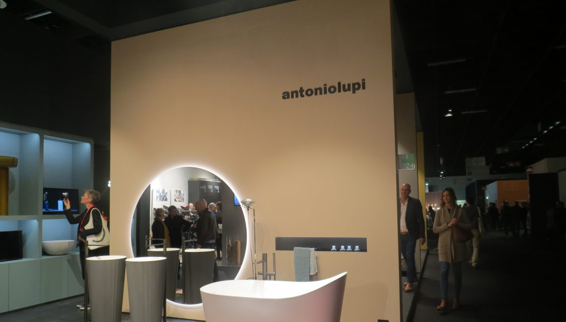 Antoniolupi, fabrikant van badkamer meubels.